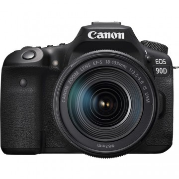 Canon EOS 90D Kit with EF-S18-135mm f/3.5-5.6 IS USM