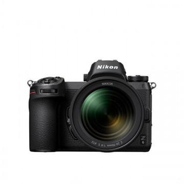 Nikon Z 6 + Z 24-70mm f/4 S Lens