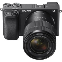 Sony A6400 w/ 18-135mm Kit
